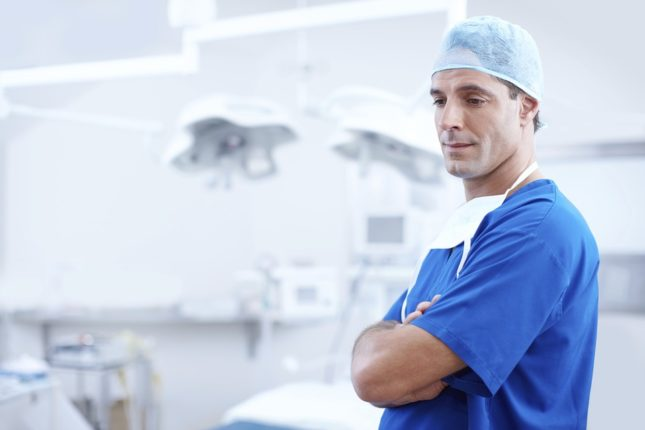 doctor - Plastic Surgeon Montreal