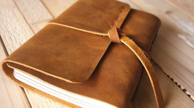 leather-wedding-guestbook